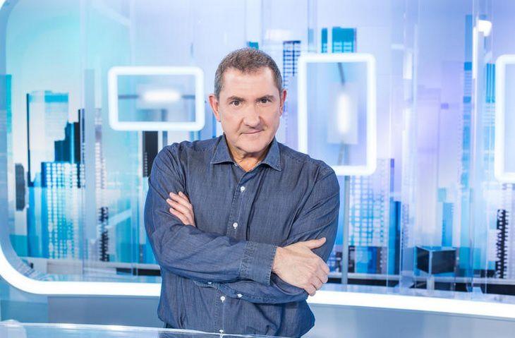 Yves Calvi (© Delphine Ghosarossian / FTV / SIPA)