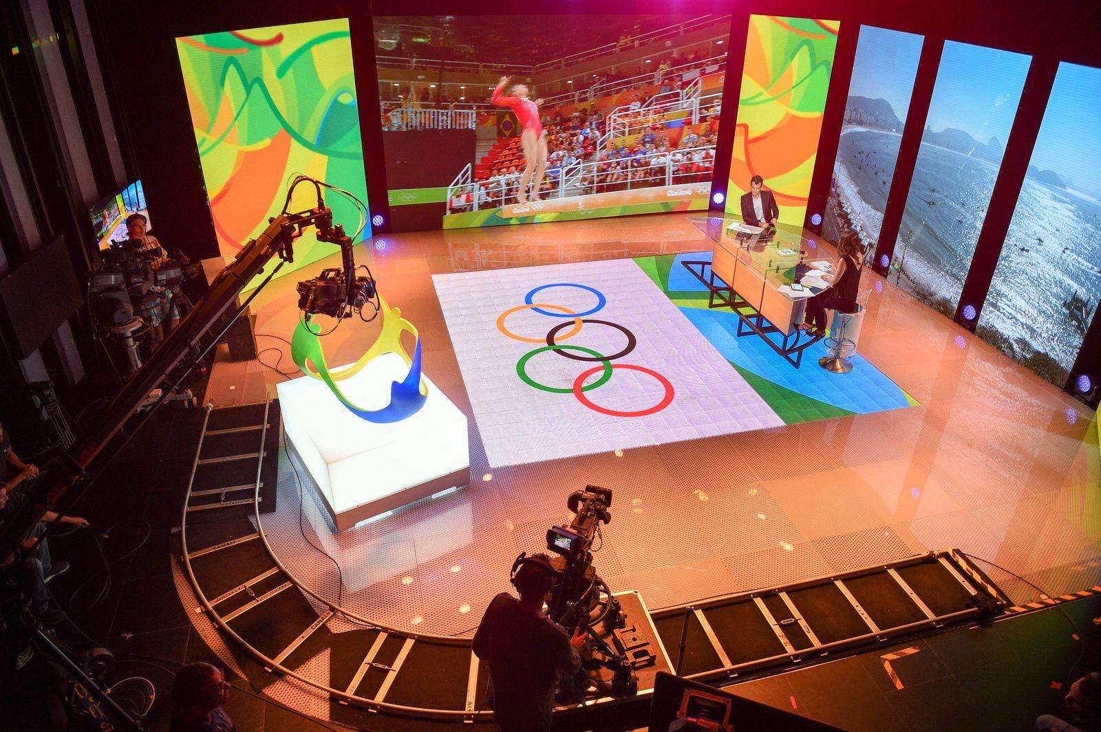 """""""Plateau des Jeux Olympiques de Rio sur Canal+"""" (© Thierry Gromik / Canal+)"""