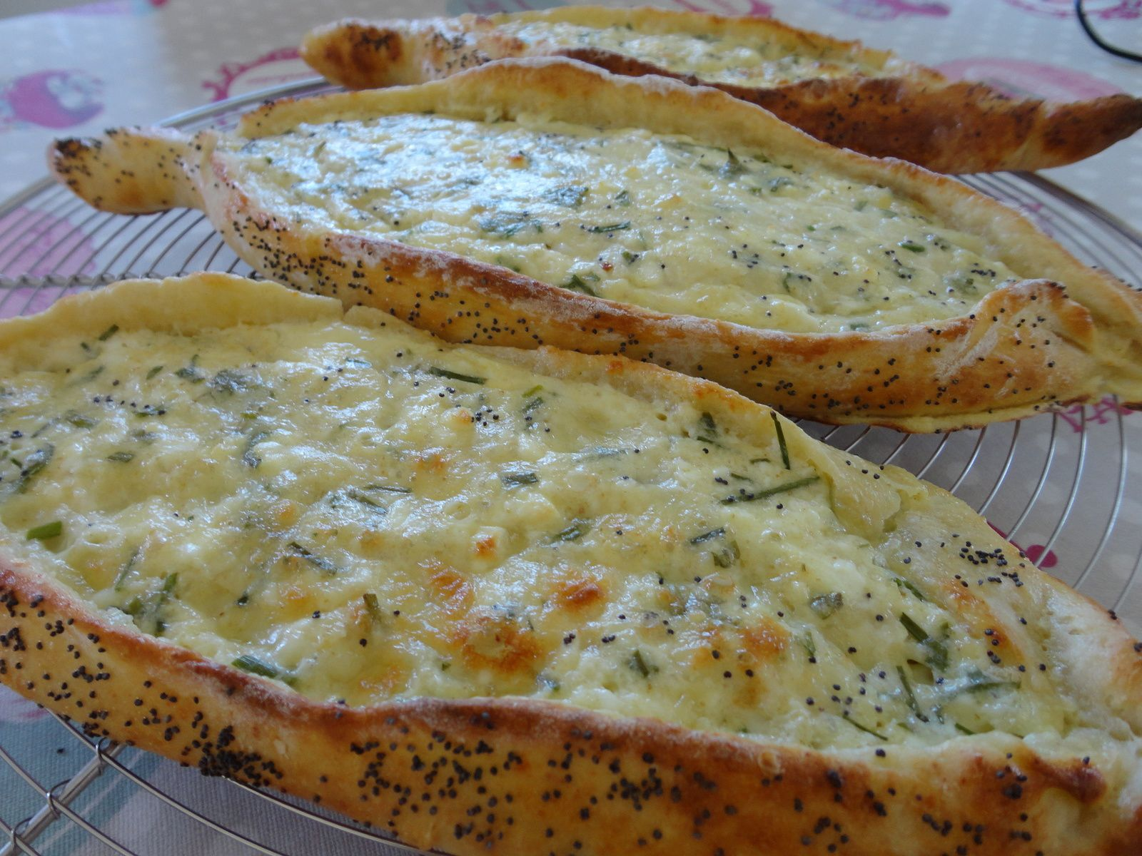 Peynirli Pide (pizza turque au fromage)
