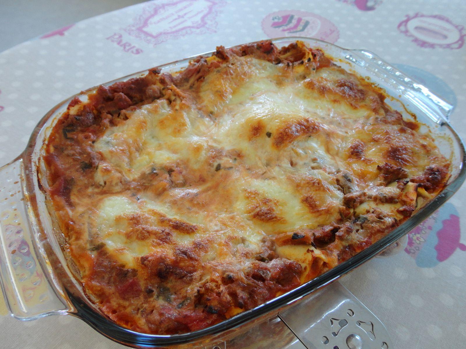 lasagne facile maison perfect la sauce bolognaise maison une recette facile et tellement. Black Bedroom Furniture Sets. Home Design Ideas