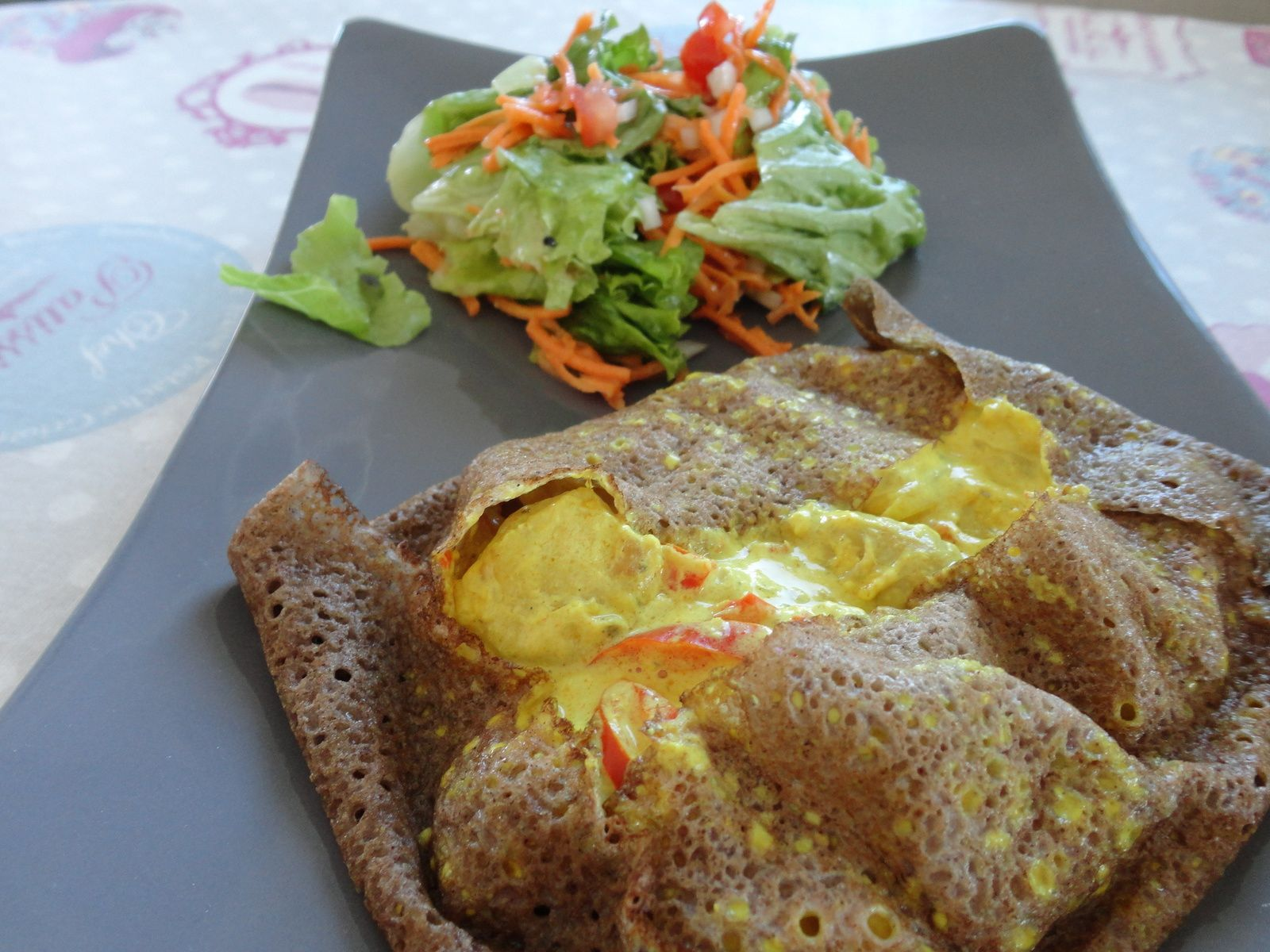 Galette salée poulet sauce au curry
