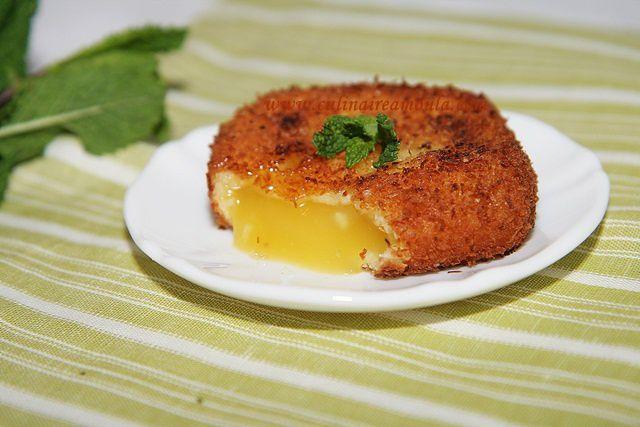 Lemon curd pané