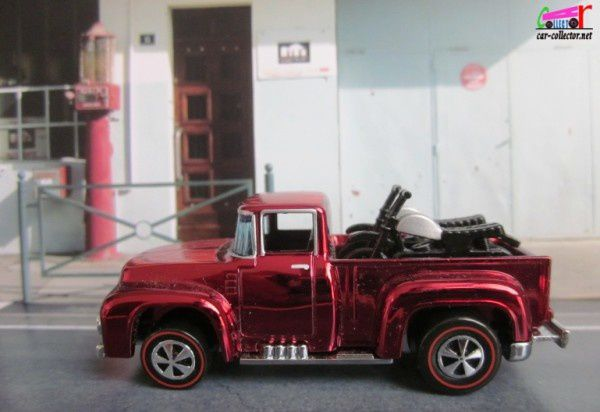 56 HI-TAIL HAULER FORD F-150 PICKUP 1956 + 2 MOTOS SUR PLATEAU HOT WHEELS 1/64 F150