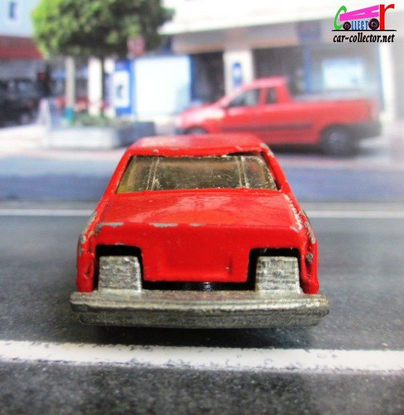 DODGE MIRADA STOCKER HOT WHEELS 1/64