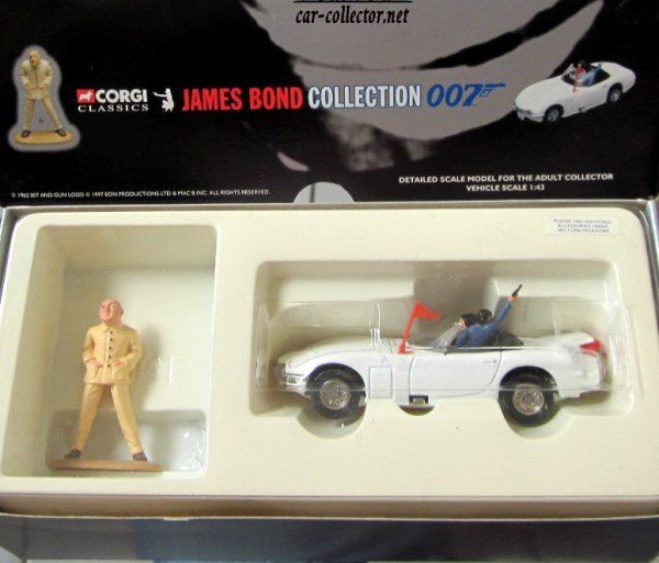 TOYOTA 2000 GT JAMES BOND 007 ON NE VIT QUE DEUX FOIS CORGI 1/43