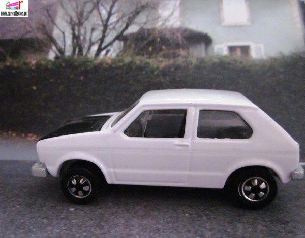 miniature sortie en 1984, mattel 1978, made in France, réf: 2504.