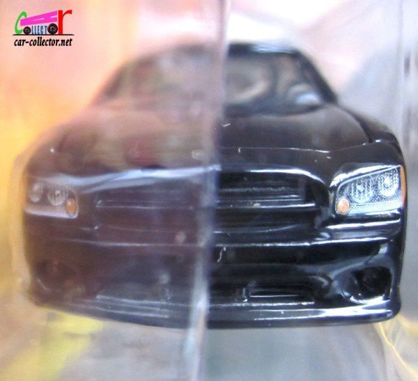 NATALIA'S DODGE CHARGER SERIE TV LES EXPERTS MIAMI GREENLIGHT 1/64