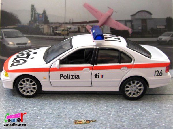 FASCICULE N°7 BMW 525 POLIZIA CANTON TICINO 2001 POLICE SUISSE CARARAMA 1/43