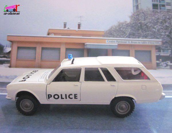 PEUGEOT 504 BREAK 4X4 DANGEL POLICE SOLIDO 1/43