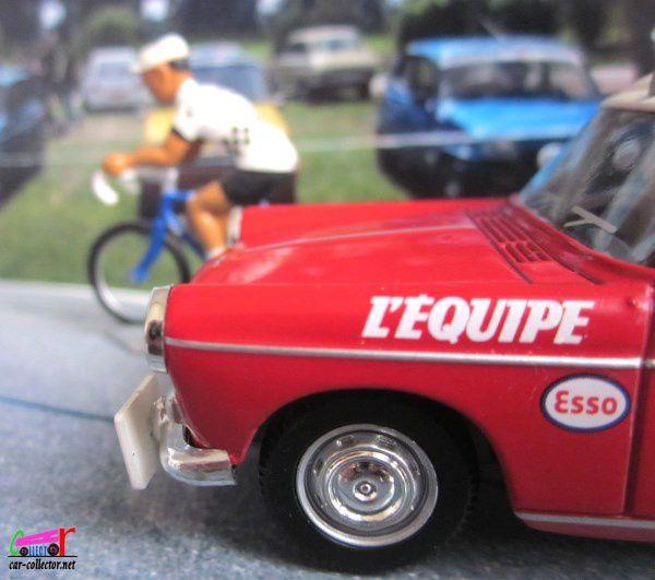 FASCICULE N°1 PEUGEOT 404 DIRECTEUR DE COURSE LA CARAVANE DU TOUR DE FRANCE NOREV 1/43