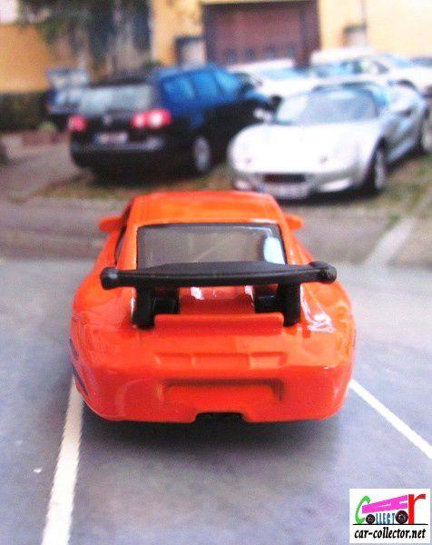 PORSCHE 911 GT3 RS HOT WHEELS 1/64