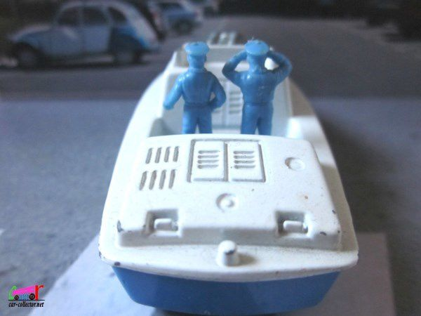 POLICE LAUNCH BATEAU VEDETTE POLICE MARITIME MATCHBOX