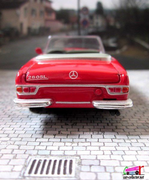 MERCEDES 280 SL CABRIOLET 1968 NEW RAY 1/43