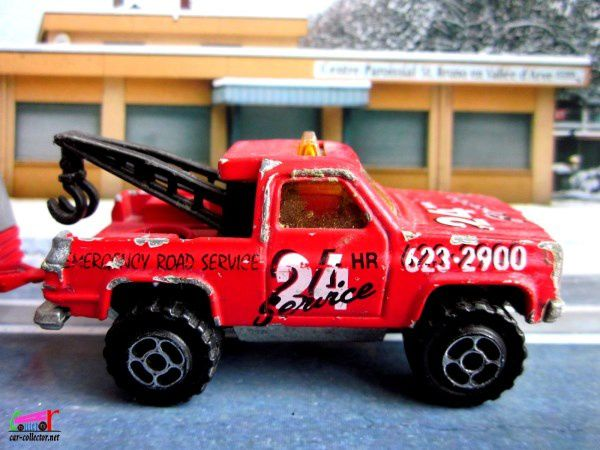 DEPANNEUSE CHEVY BLAZER 4X4 TOWING TRUCK AMERICAN ROAD 24H SERVICE MAJORETTE 1/62