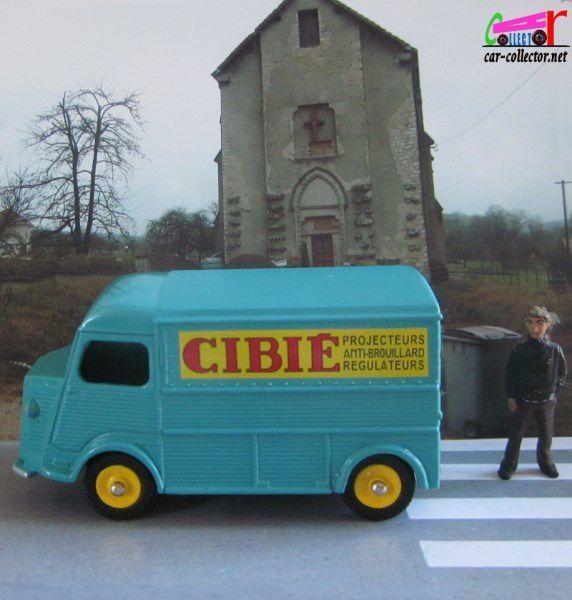 COFFRET COLLECTOR L'INDISPENSABLE CITROEN H SANS PUBLICITE ET CIBIE DINKY TOYS 1/43 REEDITION ATLAS