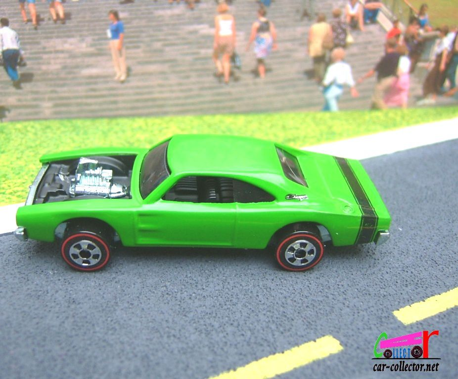 CUSTOM 69 DODGE CHARGER HOT WHEELS 1/64