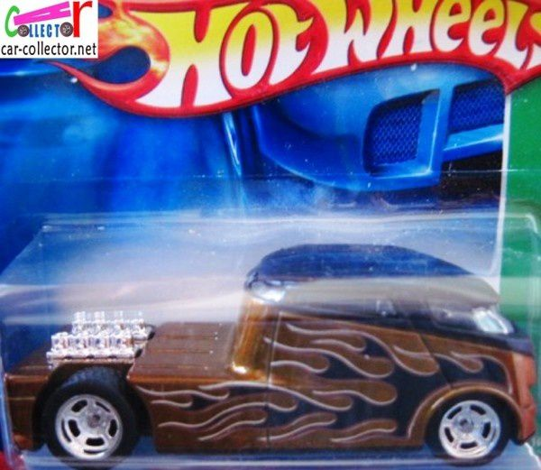 QOMBEE HOT WHEELS 1/64 VW COMBI VOLKSWAGEN COMBI