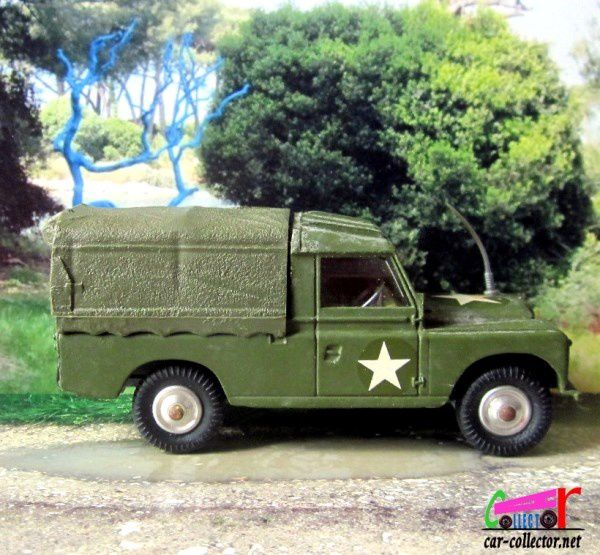 LAND ROVER 109 WEAPONS CARRIER MILITARY CORGI 1/46
