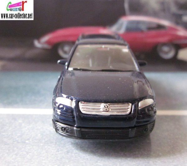 VOLKSWAGEN PASSAT VARIANT 2001 WELLY 1/60 VW PASSAT V6 MOTION