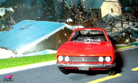 FIAT DINO 2000 COUPE 1967 1/43 NOREV