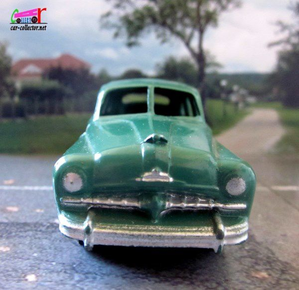 FORD VEDETTE 1948 DINKY TOYS MECCANO FRANCE 1/43