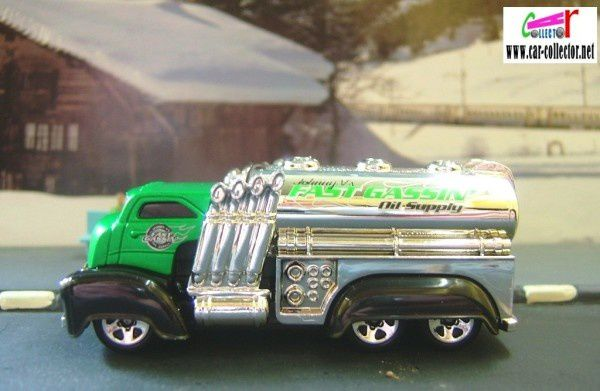 FAST GASSIN CAMION HOT WHEELS 1/64