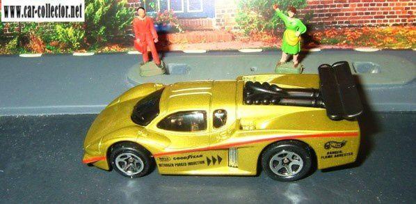 GT RACER HOT WHEELS 1/64