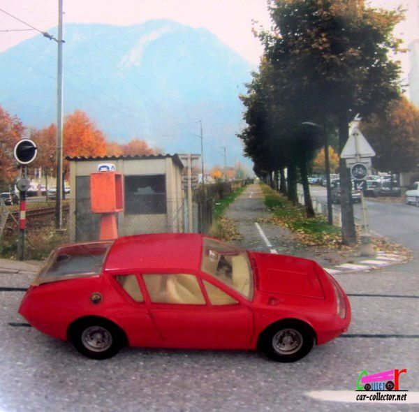 RENAULT ALPINE A310 DINKY TOYS 1/43