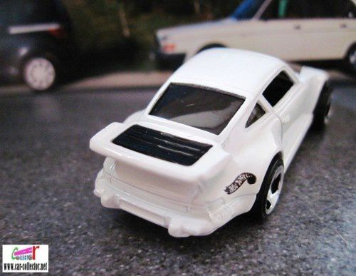 PORSCHE 930 HOT WHEELS 1/64
