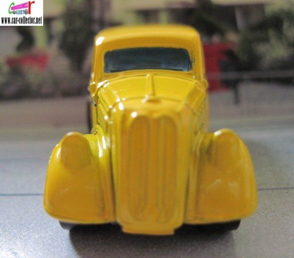 FORD ANGLIA PANEL HOT WHEELS 1/64