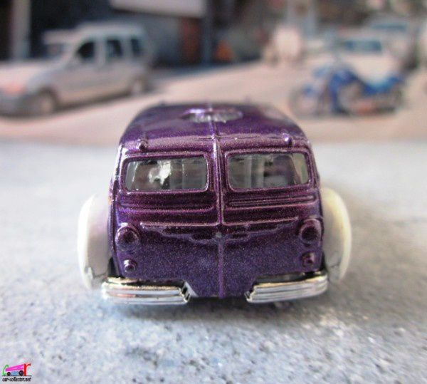LOW FLOW AUTOBUS HOT WHEELS 1/64