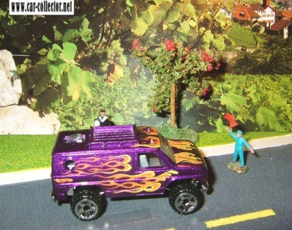 OPEN WIDE BAJA BREAKER FORD VAN HOT WHEELS 1/64