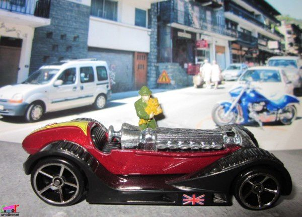 BRIT SPEED HOT WHEELS 1/64 CABRIOLET D' ANTAN