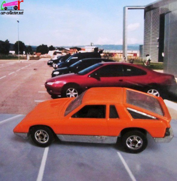 DODGE OMNI 024 COULEUR ORANGE HOT WHEELS 1/64
