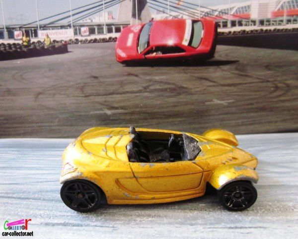 HYUNDAI SPYDER CONCEPT HOT WHEELS 1/64 CABRIOLET HOT WHEELS