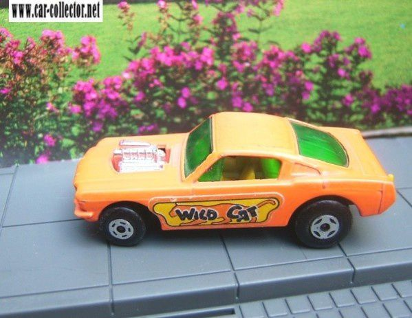 mb8 f wild cat dragster voiture miniature matchbox superfast car. Black Bedroom Furniture Sets. Home Design Ideas