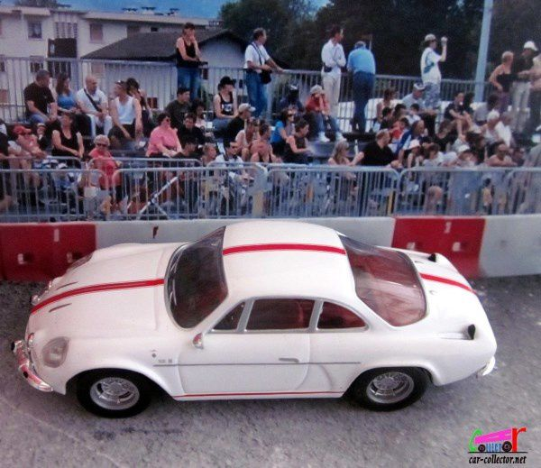 RENAULT ALPINE A110 1600S BANDE ROUGE 1976 IXO 1/43