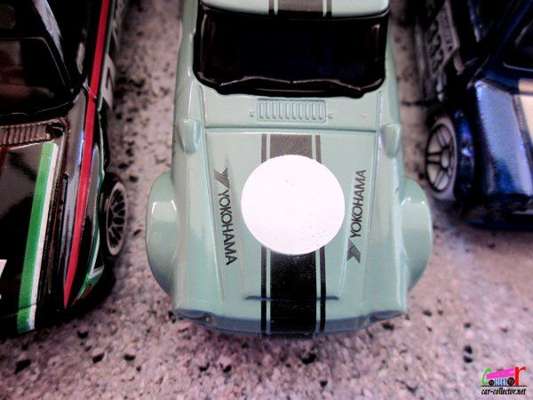 NISSAN FAIRLADY HOT WHEELS 1/64