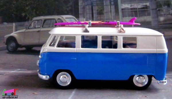 VOLKSWAGEN BUS T1 AVEC PLANCHE DE SURF WELLY 1/39 - VW COMBI T1