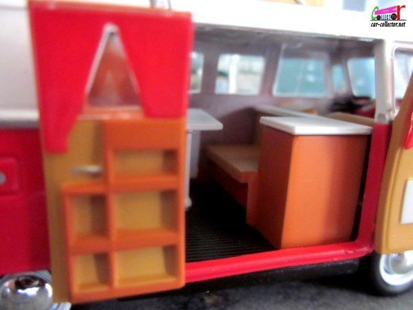 FASCICULE N°2 VW KOMBI WESTFALIA SO42 DE 1966 IXO 1/43