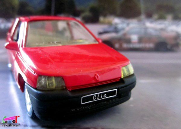 renault clio peinture rouge 1990 solido 1 43 car. Black Bedroom Furniture Sets. Home Design Ideas