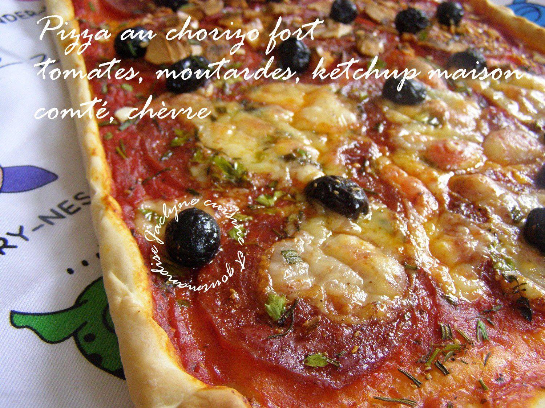 Pizza au chorizo fort tomates, moutarde, ketchup maison, comté, chèvre, herbes fraiches du jardin Jaclyne cuisine et gourmandise