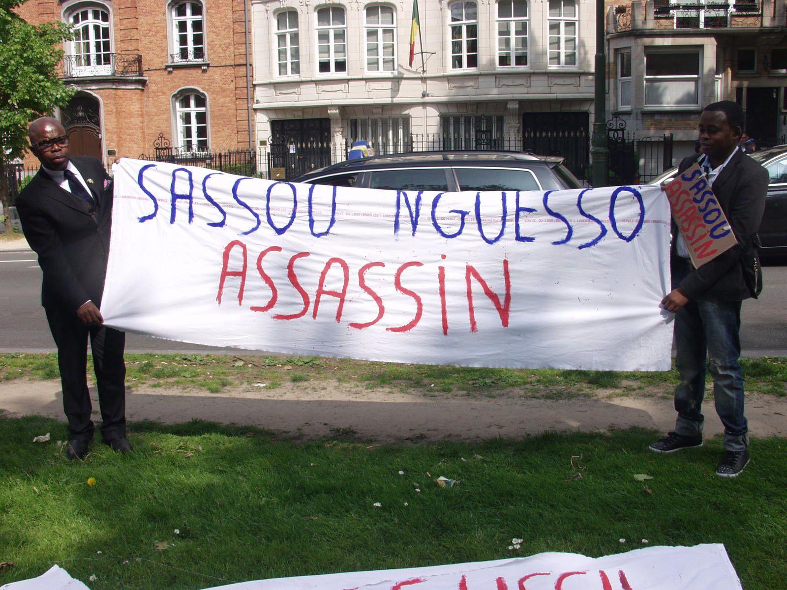 Manifestation anti-Sassou devant l'ambassade du Congo-Brazzaville à Bruxelles.