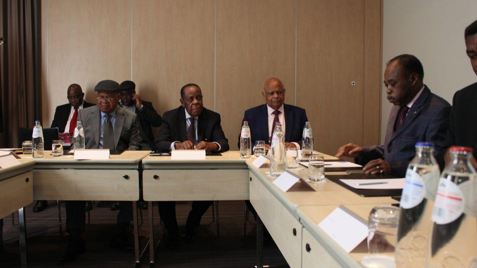 Bruxelles. Le facilitateur Edem Kodjo reçu par Tshisekedi et les sages du « Rassemblement »