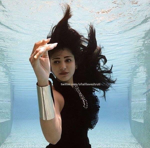 SHRUTHI HASSAN - UNDERWATER PHOTOS