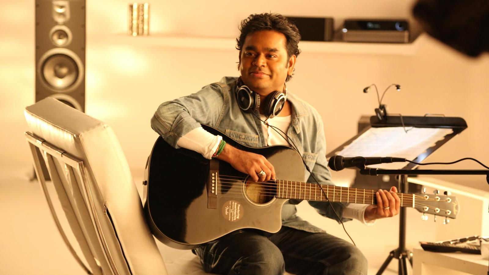 HAPPY BIRTHDAY AR RAHMAN !!!