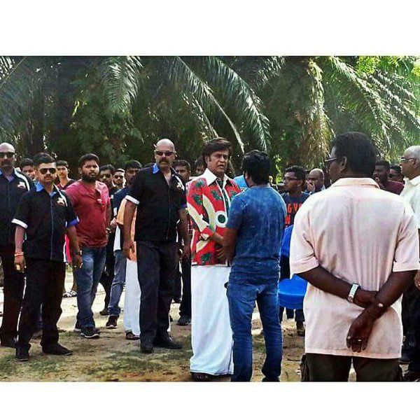 SUPERSTAR RAJNIKANTH AT &quot&#x3B;KABALI&quot&#x3B; SHOOTING !