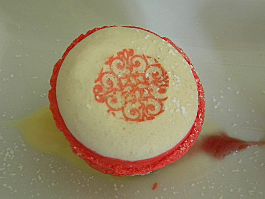 MACARON GLACE CITRON FRUITS ROUGES