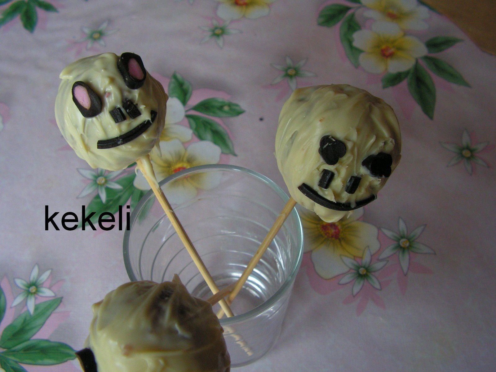 Cakes pops de la mort pour Halloween