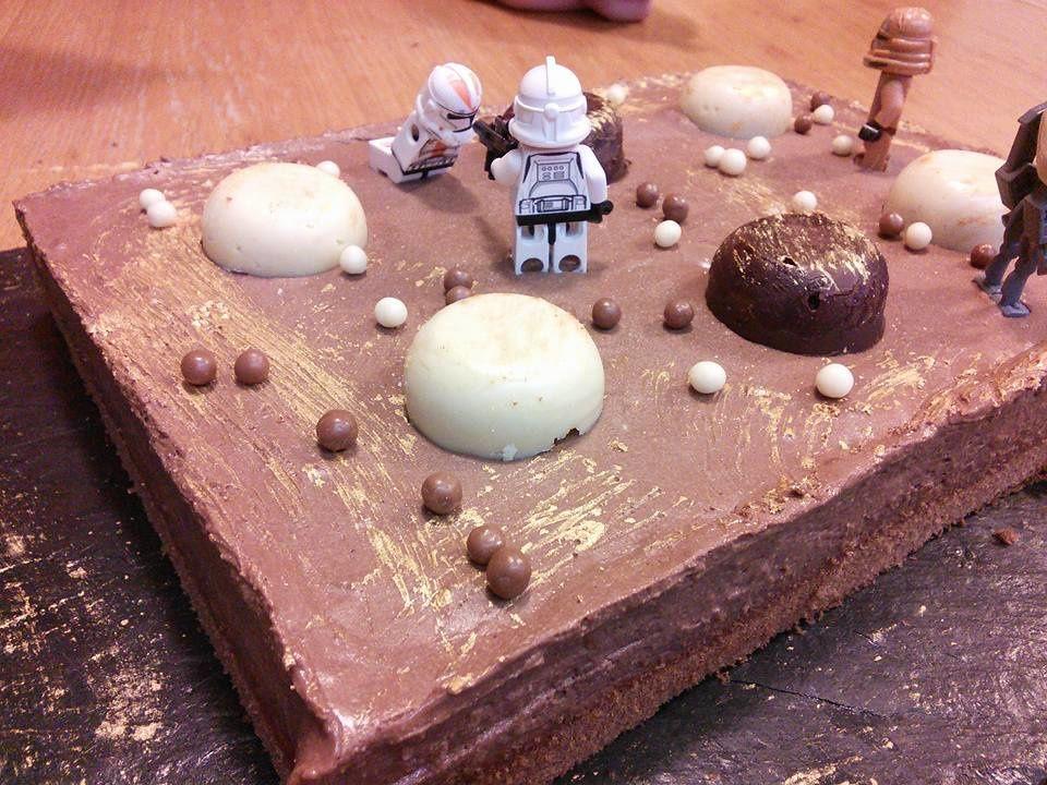 GATEAU CHOCOLAT MOUSSEUX STAR WARS